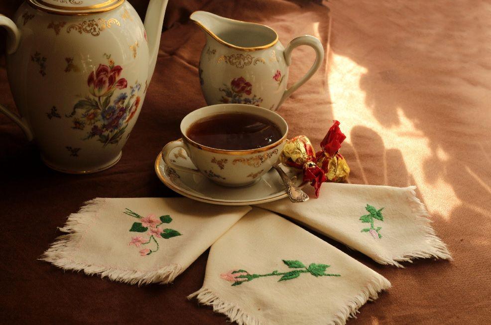 Как сделать красивые салфетки украшенные вышивкой-1-jpg.5480