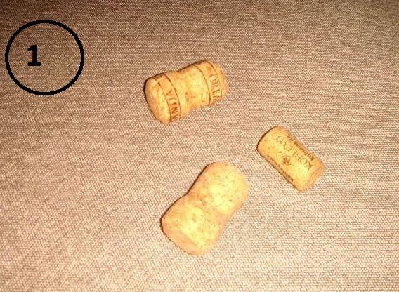 Магнит на холодильник в виде мышек-воришек-1-jpg.7713