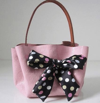 Как сделать стильную сумочку из кожи без пошива-1-png.2078