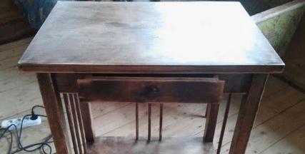 Декорируем старый стол, имитируя кружево-2019-10-22_211248-png.4581