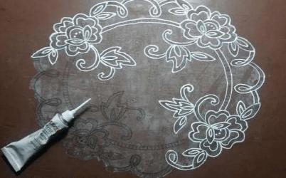 Декорируем старый стол, имитируя кружево-2019-10-22_211705-png.4594