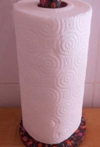 Как сделать держатель для бумажных полотенец из подручных материалов-2019-11-03_110427-png.5277