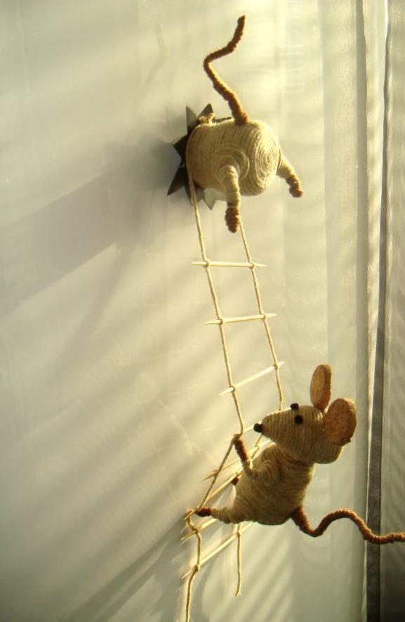 Магнит на холодильник в виде мышек-воришек-25-jpg.7712